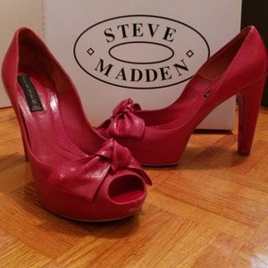 """Red leather size 8 Steve Madden 4"""" peep toes"""